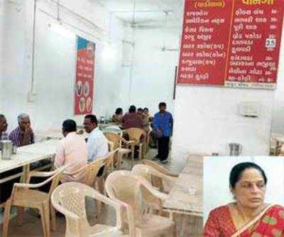 This canteen was also busy counting… money