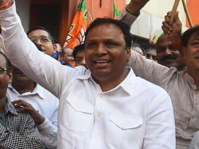 Ashish Shelar files his nomination papers for upcoming Maharashtra polls