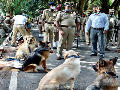 Dog squad to get 50 dogs for Rs 2.5 crore