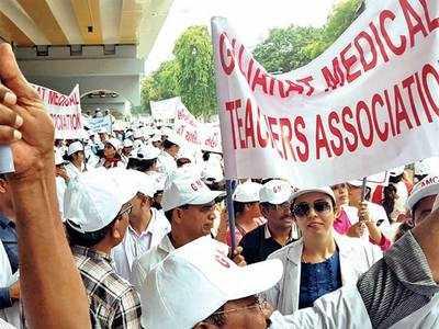 Govt medical teachers seek promotion before GPSC exam