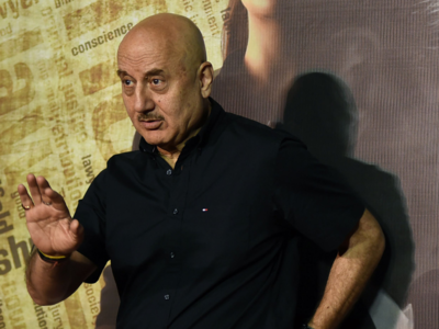 Anupam Kher says he is currently unemployed, asks filmmakers for roles