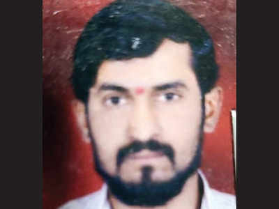 2 months after man's murder in Khed, wife, paramour held
