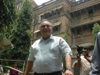 Mumbai: Bollywood producer Bharat Shah, son get pre-arrest bail in assault case