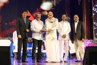 Bahubali director SS Rajamouli receives ANR Award from Vice President Venkaiah Naidu