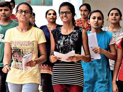 Engineering, medicine aspirants in fix as JEE, NEET exams hang over their heads