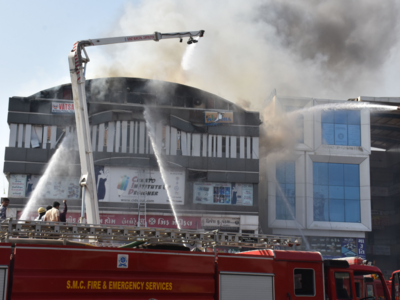 Gujarat: High Court seeks probe report from state government on Surat fire tragedy