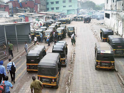 Finding a share auto or taxi is neither cheap nor easy, transport dept claims to be helpless
