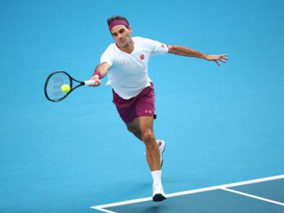 Australian Open: Roger Federer advances to semi-final after winning five-set thriller