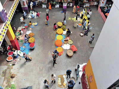 Bengaluru's flower market withers due to covid
