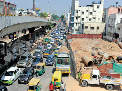 Metro takes its toll on yet another city road