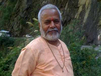 Rape accused BJP leader Swami Chinmayanand arrested from his residence