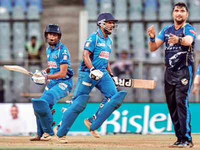 Aakash Tigers' victory over North Mumbai Panthers
