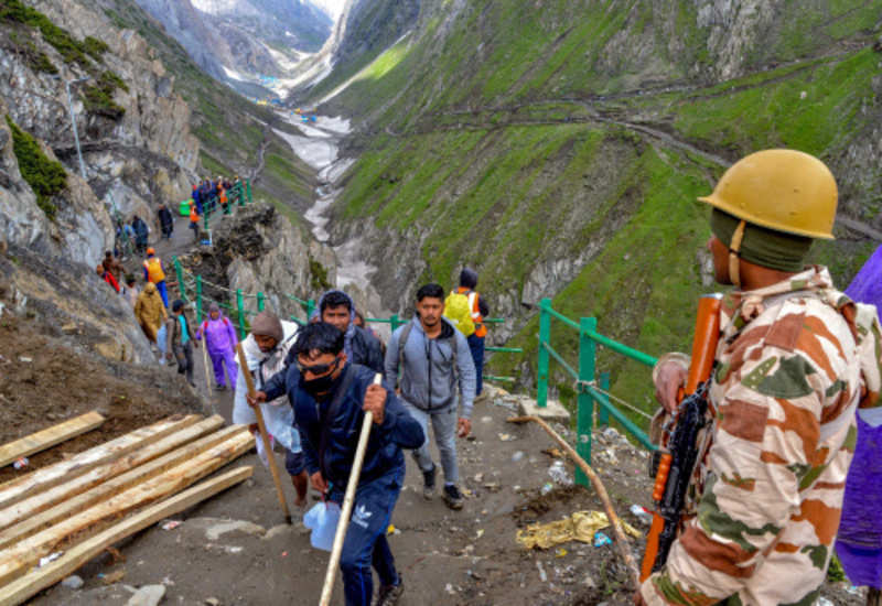 Amarnath Yatra 2018: 13,767 pilgrims pay obeisance at the holy cave