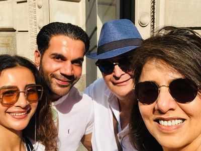 Rishi Kapoor, Neetu Kapoor bump into Rajkummar Rao and Patralekhaa in NYC
