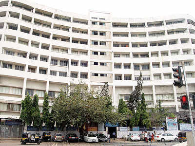 551 Mithibai students to lose a year for low attendance
