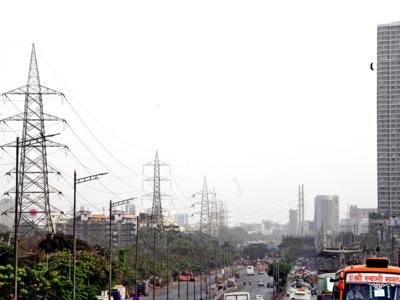 Mumbaikars complain of gas smell at Ghatkopar, Bhandup and Powai; fire brigade and police mobalised