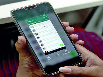 What happens if WhatsApp bans you from taking screenshots?