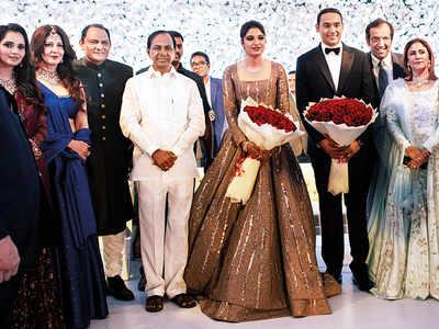 Ex-wife Sangeeta Bijlani attends Mohammad Azharuddin's son's wedding