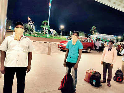 Flight transporting migrants to Ranchi gathers support