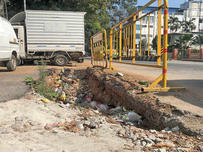 Jayanagar residents are wary of falling into pits