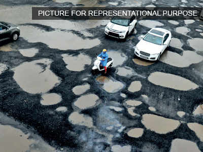 Roads free of potholes the least govt can do: HC