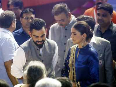 Virat Kohli gets stand named after him at Arun Jaitley stadium, Anushka Sharma kisses him as he gets emotional
