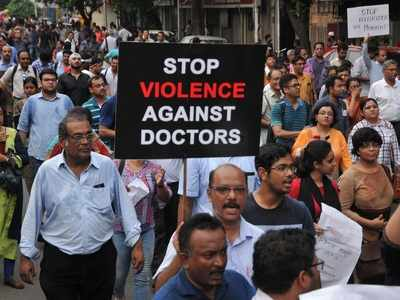 Doctor's protest in West Bengal: Union Minister Harsh Vardhan urges CM Mamata Banerjee to intervene