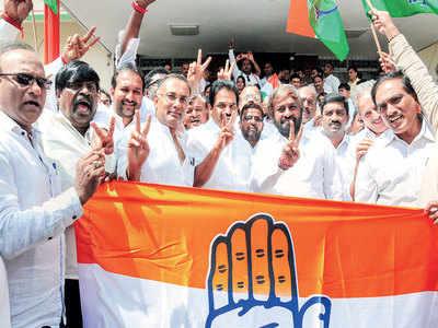 Cong-JD(S) wrest Ballari from BJP, win 3 more seats