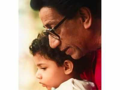 Aaditya Thackeray shares childhood picture with Balasaheb Thackeray on the latter's birth anniversary