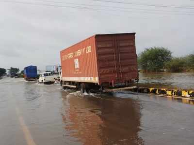 Maharashtra floods: National Highway 4 now partially open for traffic