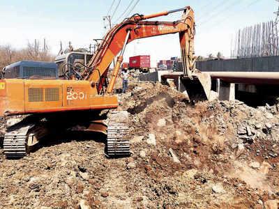 Navi Mumbai SEZ: Committee stops all work on wetland in Uran and Panje