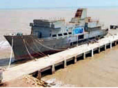 State-owned shipbuilding firm files for insolvency