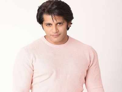 Karanvir Bohra wants to do a Shah Rukh Khan. Here's how