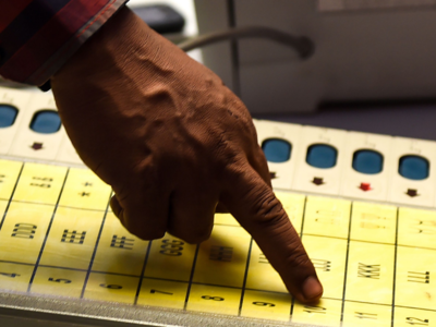 Lok Sabha Polls 2019: Only 13 out of 58 'turncoats' leading, says EC data