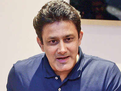 Former India coach Anil Kumble may be back soon in dugout; in talks with Delhi Daredevils