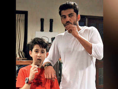 Salman Khan's protege Zaheer Iqbal takes his 11-year-old co-star under his wings