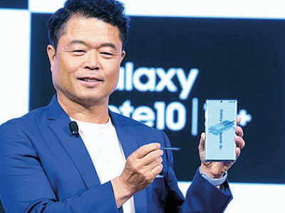 Samsung now manufactures premium smartphones in India