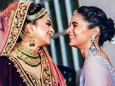 Alia Bhatt dances to Sidharth Malhotra's song at bestie's wedding