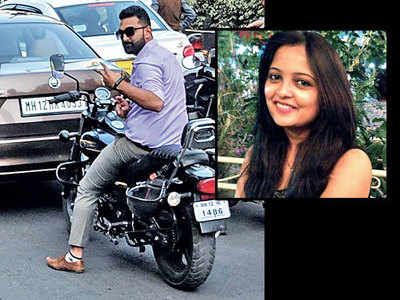 'Footpath rider' poses for click, shamed online