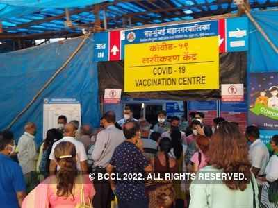 Vaccination Second Phase: Senior citizens at Mulund Jumbo Centre asked to return after glitches in CoWIN portal