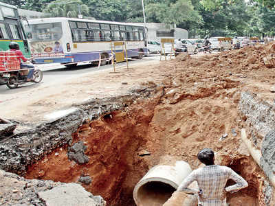 'Projects worth Rs 4,721 cr awarded without tender'
