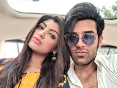 Bigg Boss 13: Extremely hurt by Paras Chhabra's tattoo claim, says girlfriend Akanksha Puri