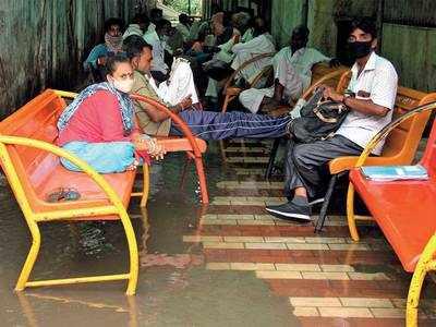 Gujarat leaps over 800-mark