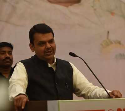 Maharashtra: Farmers meet CM Devendra Fadnavis, call off two day strike