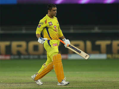 Dhoni's parents test positive for Covid-19, admitted to hospital