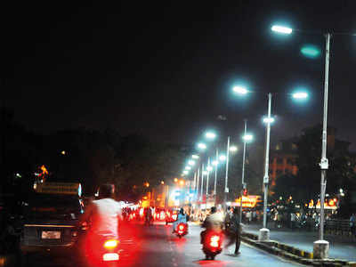 Electrical dept proposes budget of Rs 6cr to light up city's flyovers