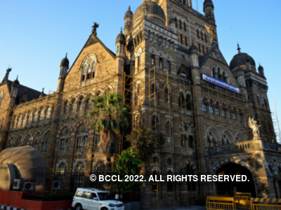 Face 50 per cent salary cut if projects get delayed: BMC chief Praveen Pardeshi warns officials, issues circular
