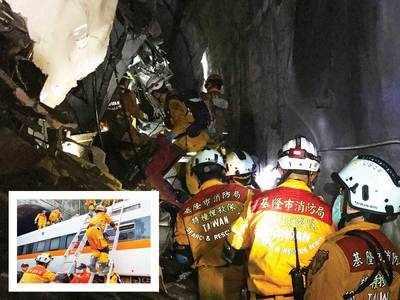 48 killed as train derails inside tunnel in Taiwan