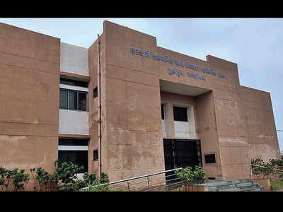 Juhapura set to get 1st Eng medium school