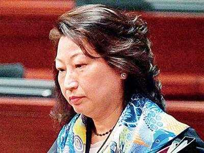 Hong Kong minister hurt during London protests